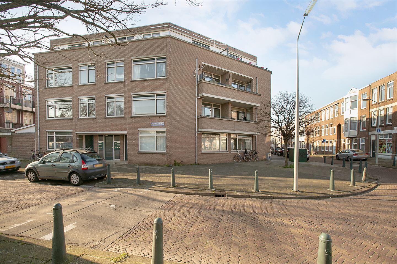 Bekijk foto 1 van Deimanstraat 49
