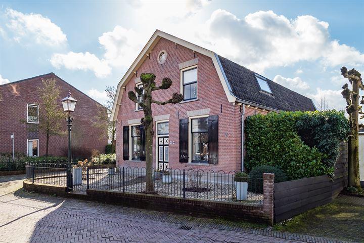 Burgemeester van den Boschstraat 108