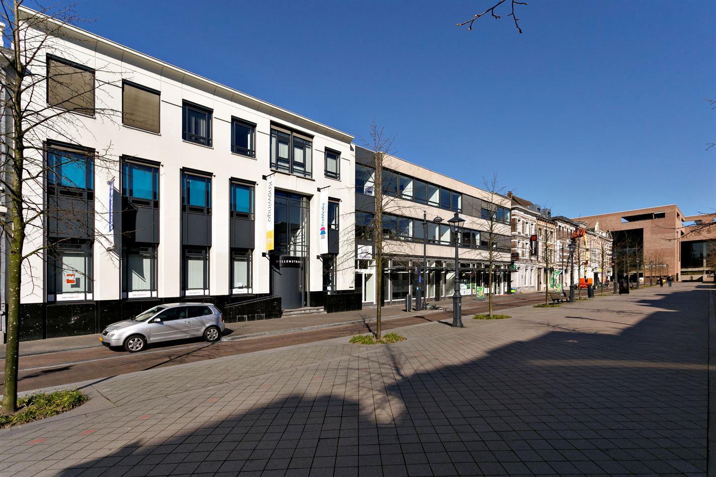 Bekijk foto 2 van Willemstraat 5