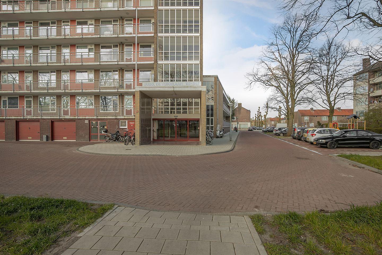 Bekijk foto 2 van Burgemeester De Vlugtlaan 219