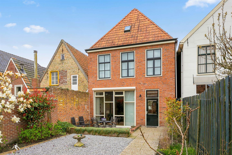 Bekijk foto 3 van Voorstraat 8