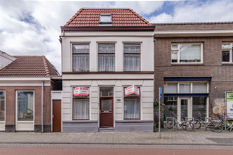 Bekijk foto 1 van Van Karnebeekstraat 54