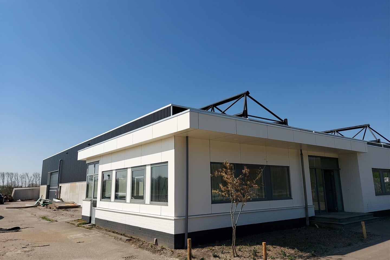Bekijk foto 2 van Nieuwe Bredase Baan 4