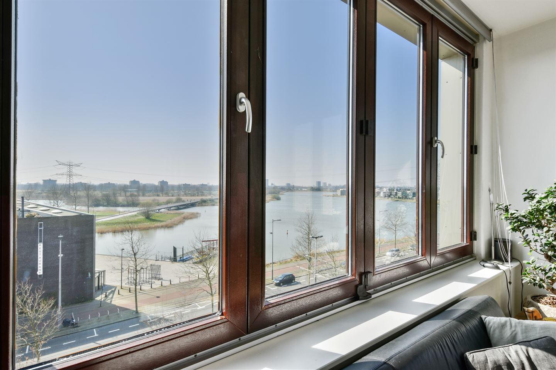 Bekijk foto 3 van Johan van der Keukenstraat 26