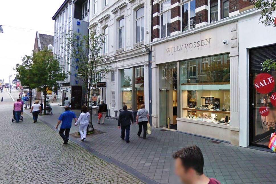 Bekijk foto 3 van Maastrichter Brugstraat 13