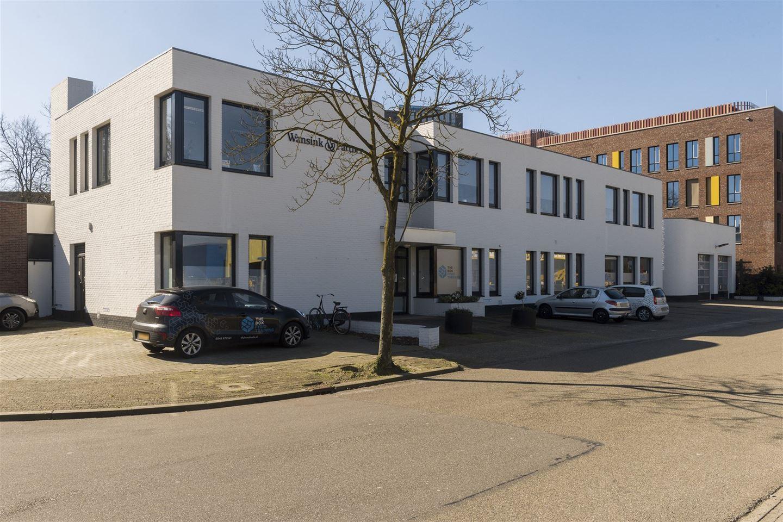 Bekijk foto 2 van Henri Dunantstraat 5