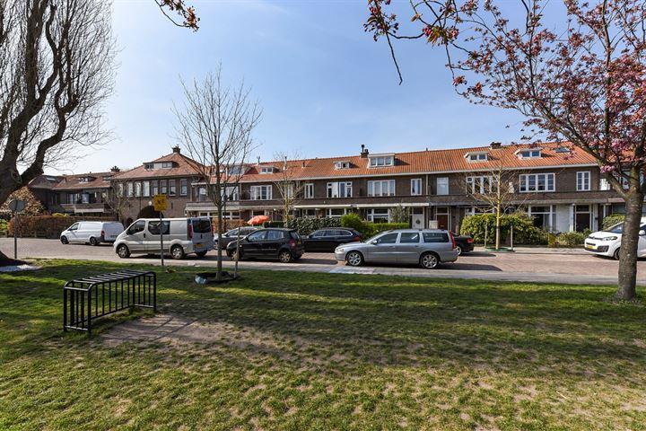 van Deventerplein 11
