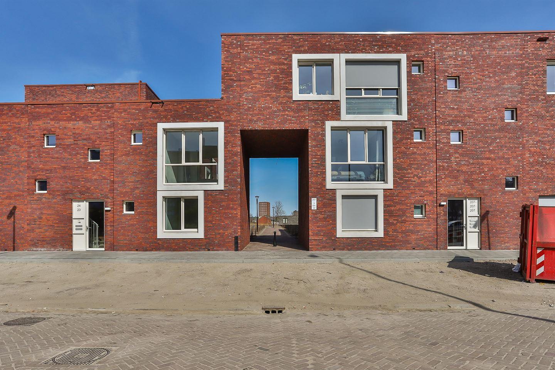 Bekijk foto 2 van Friesestraatweg 205 -44
