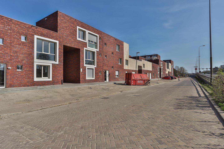 Bekijk foto 3 van Friesestraatweg 205 -44