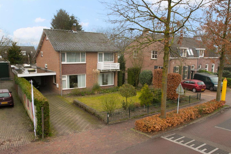 Bekijk foto 1 van Schoolstraat 9
