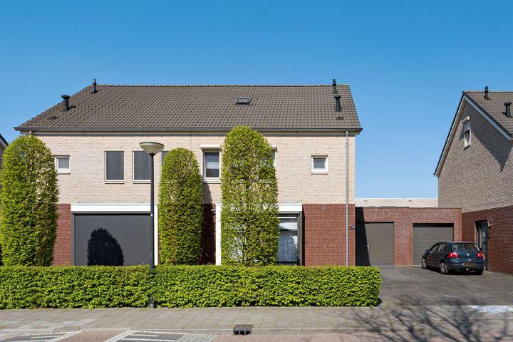 Beemdstraat 24