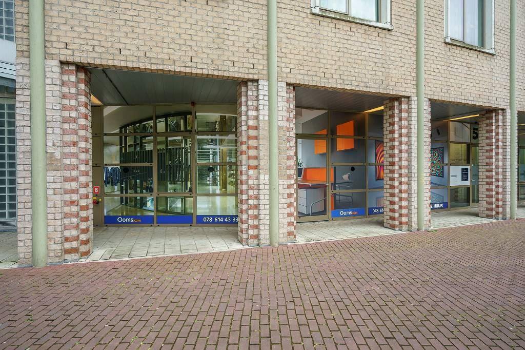 Bekijk foto 2 van Van Godewijckstraat 30-50