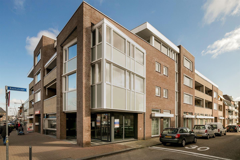 Bekijk foto 1 van Hoofdstraat 67 a