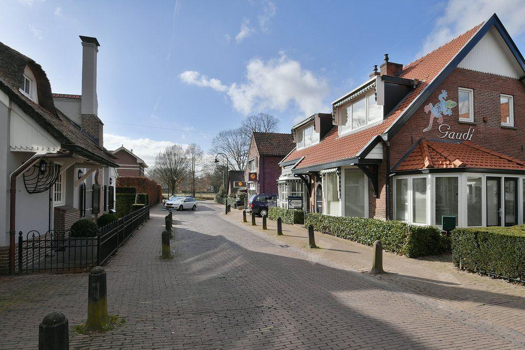 Bekijk foto 1 van Nieuweweg 28 a