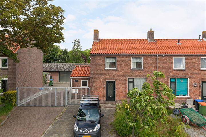 Kloosterstraat 8, Moerdijk