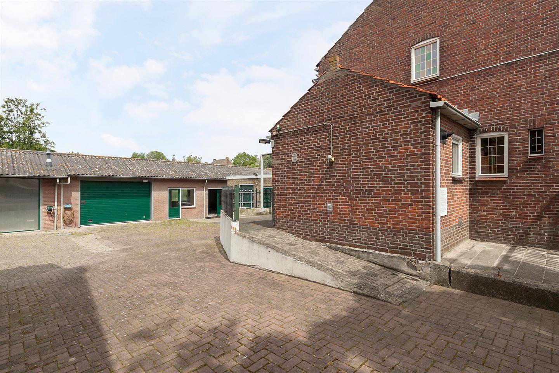 Bekijk foto 3 van Kloosterstraat 8