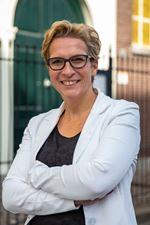 Caroline van Batenburg (Commercieel medewerker)