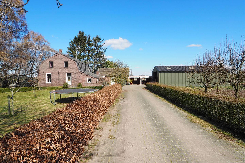 Bekijk foto 2 van Scheiweg 12