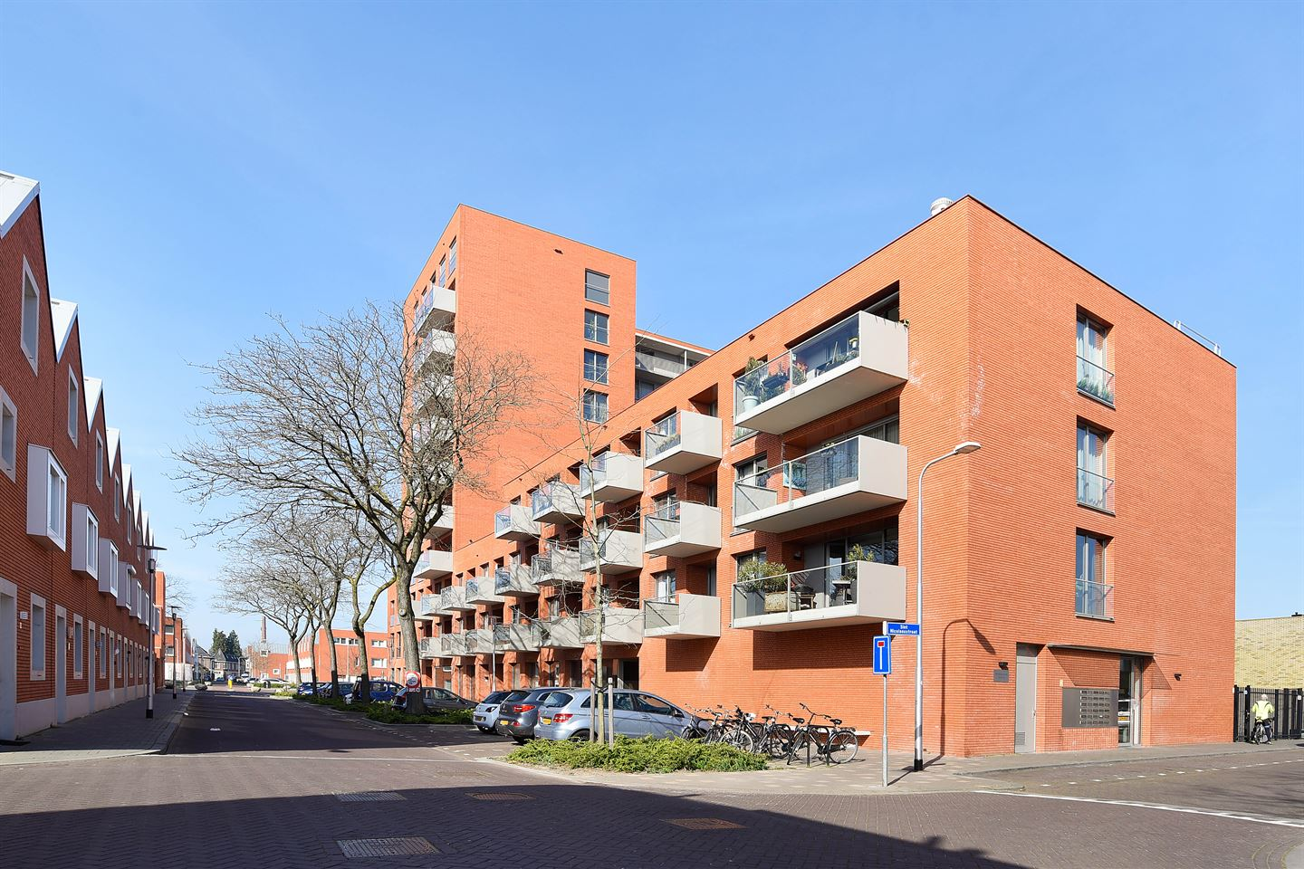 View photo 1 of Sint Nicolaasstraat 63