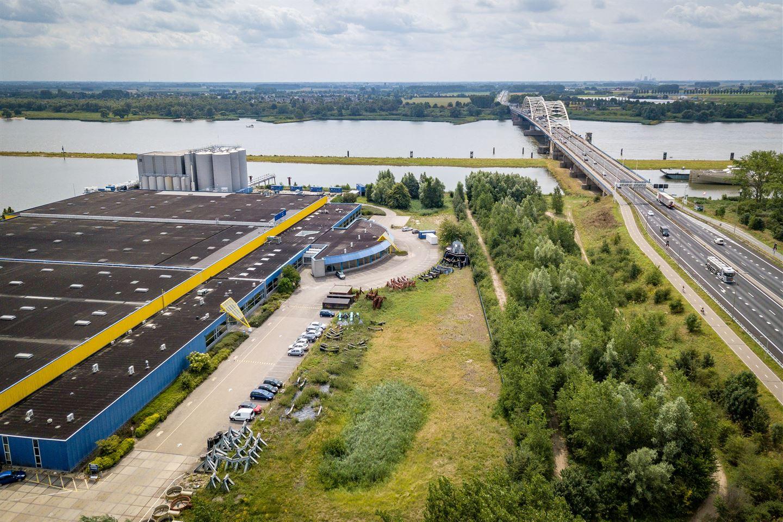 Bekijk foto 1 van Avelingen-Oost 12