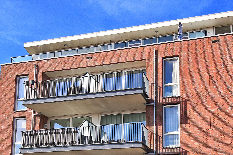 Bekijk foto 1 van Diepenbrockstraat 90