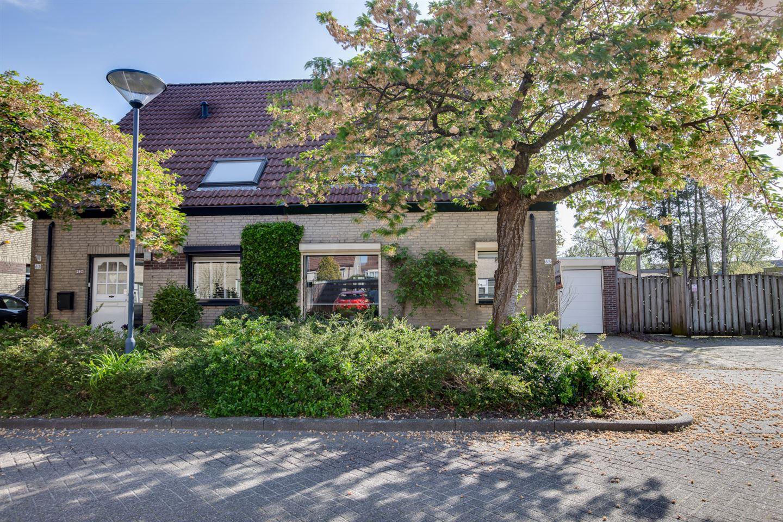 Bekijk foto 2 van IJsselstraat 65