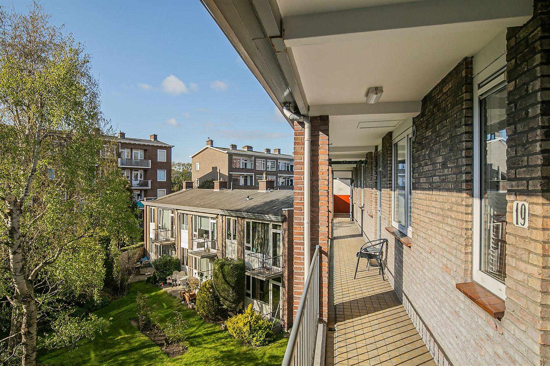 Bekijk foto 4 van Uhlenbeckstraat 19