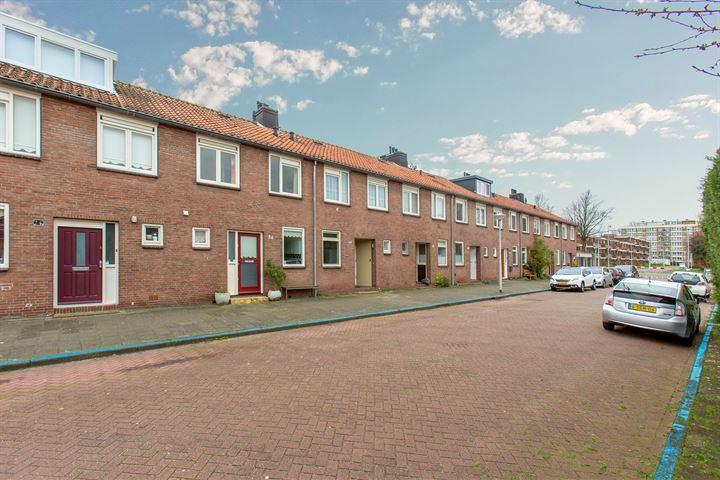 Fred. Thomasstraat 24
