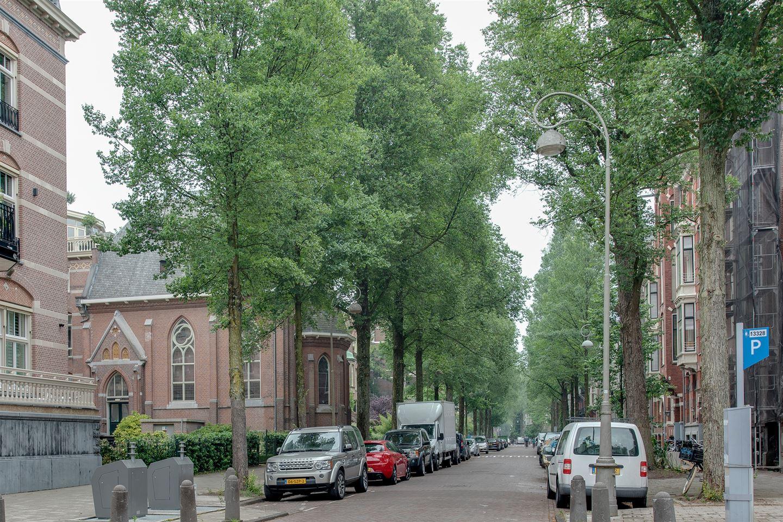 Bekijk foto 1 van Van Eeghenstraat 184