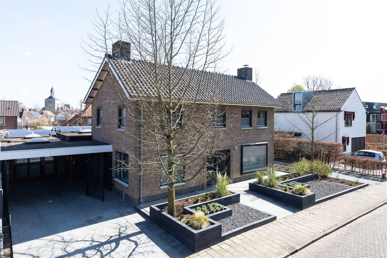 Bekijk foto 2 van Prins Bernhardstraat 20