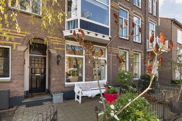 Burgemeester Weertsstraat 136