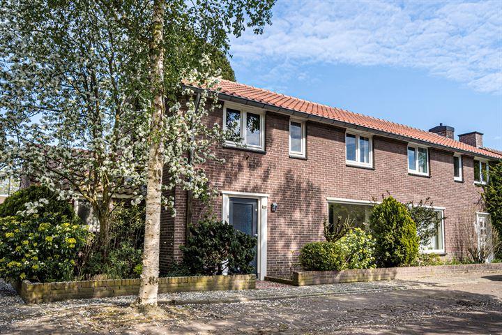 Maarten Trompstraat 18