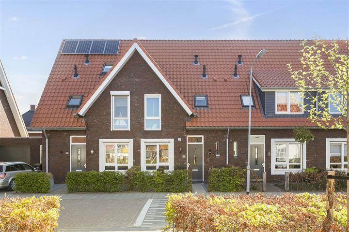 Dominee J T Doornenbalstraat 16