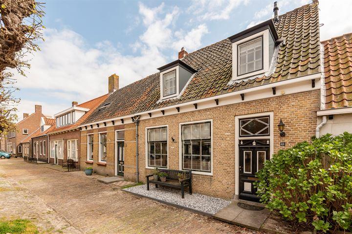 Dorpsstraat 43