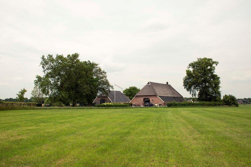 Bekijk foto 2 van Scheperboersweg 9
