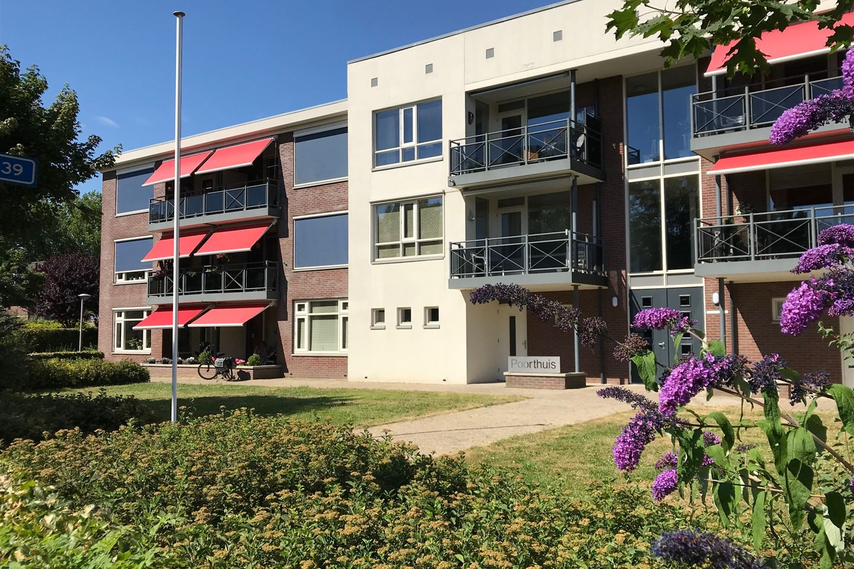 Bekijk foto 1 van Bloemstraat 21