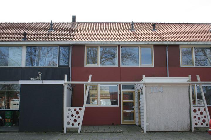 Lucernehof 104