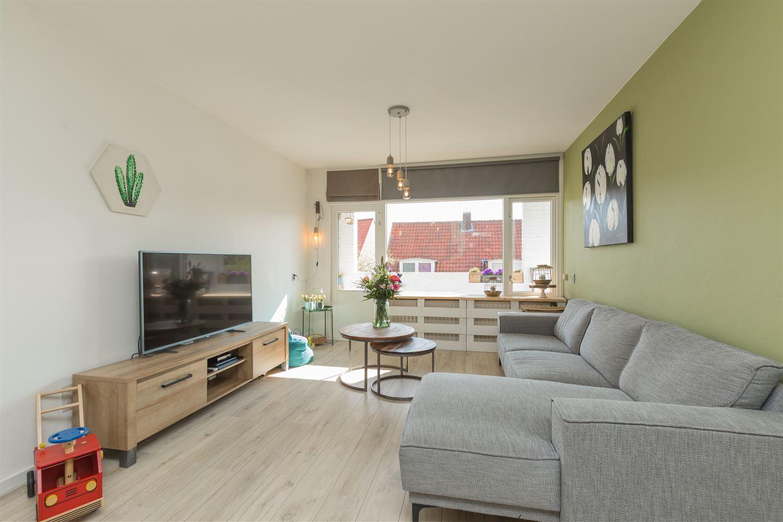 View photo 3 of Jan van Henegouwenweg 48