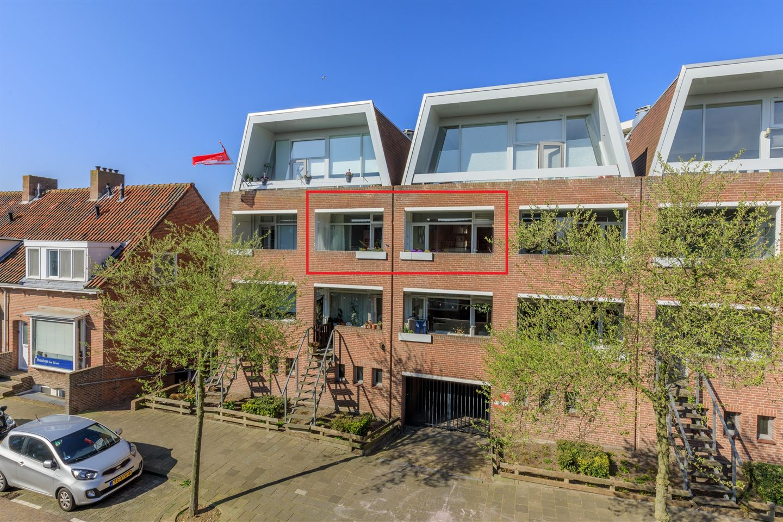 View photo 1 of Jan van Henegouwenweg 48