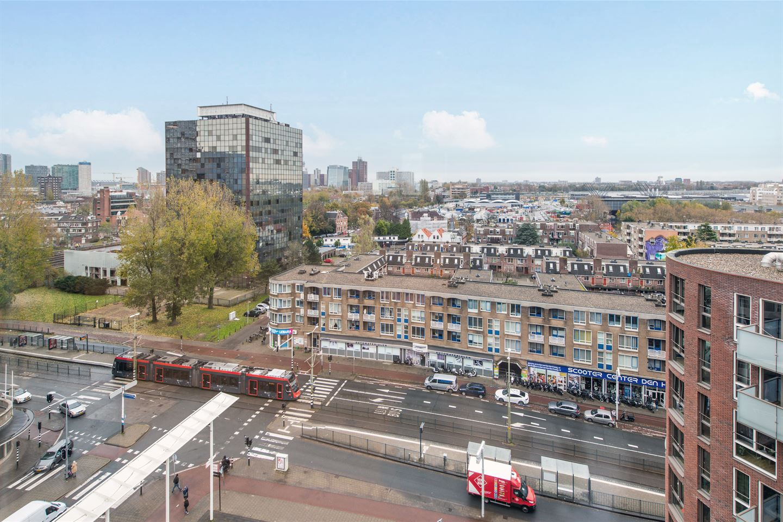 Bekijk foto 3 van Enthovenplein 1