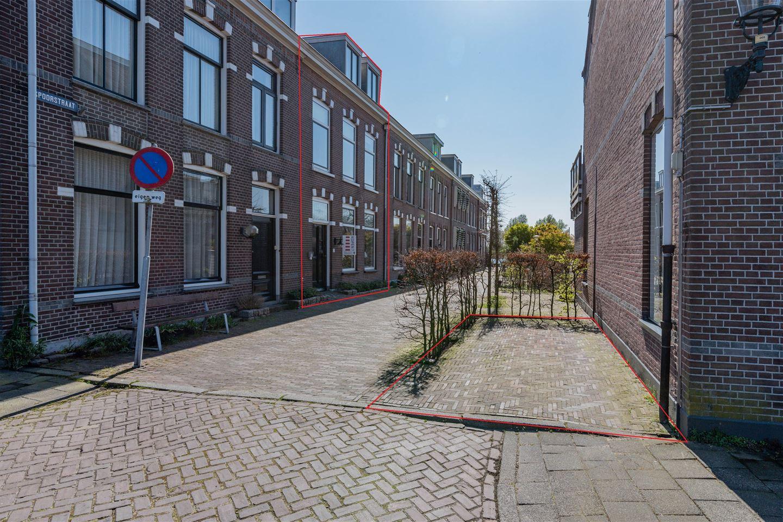 Bekijk foto 2 van Spoorstraat 2