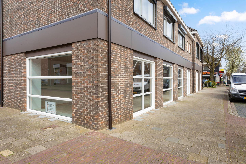 Bekijk foto 2 van Bredevoortsestraatweg 31