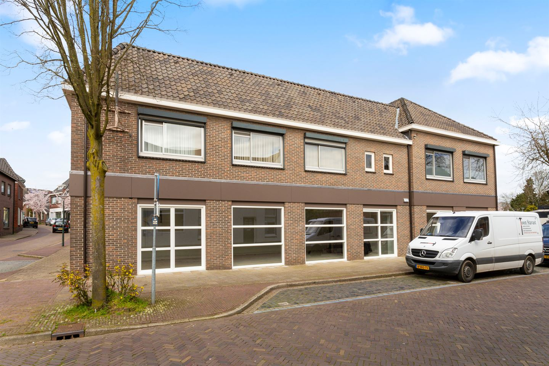 Bekijk foto 3 van Bredevoortsestraatweg 31