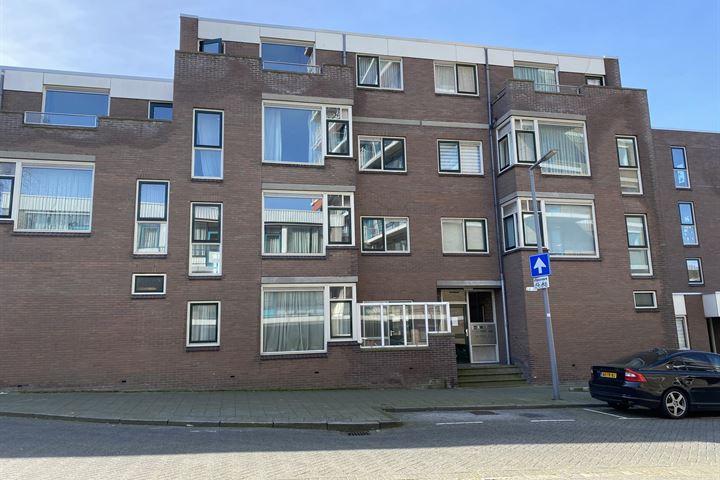 Oranje-Nassaustraat 28