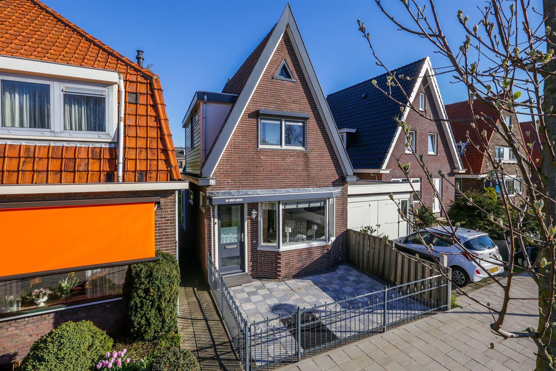 Bekijk foto 1 van Dr. Jan Mulderstraat 42