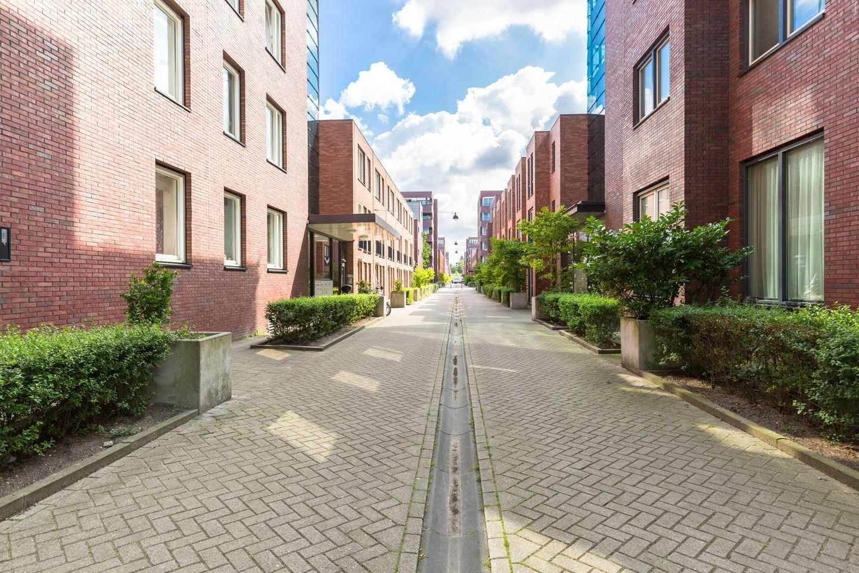 Bekijk foto 3 van Johan Hofmanstraat 310