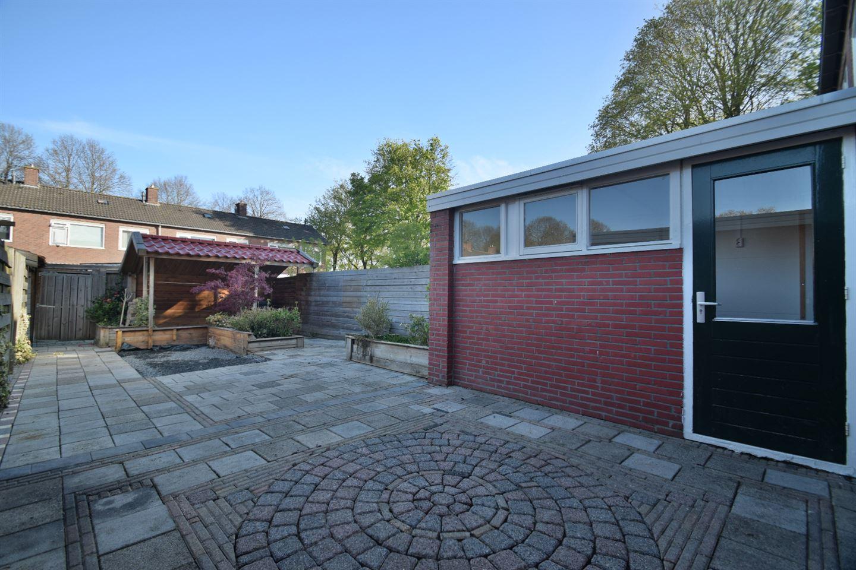 View photo 2 of Wieringenlaan 13