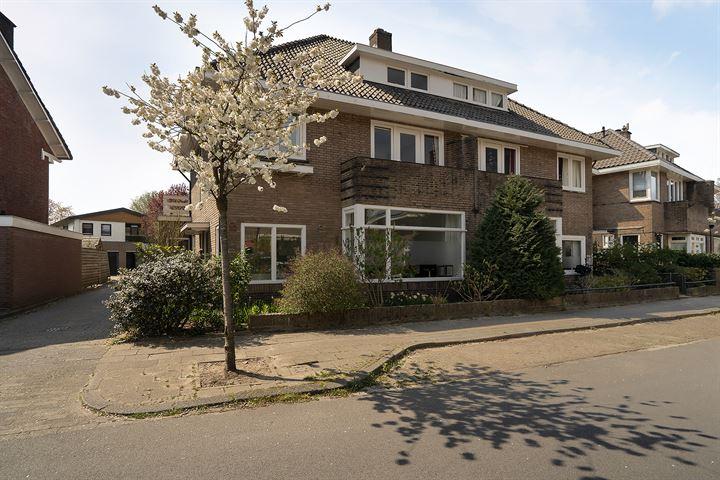 Prof. Lorentzstraat 10