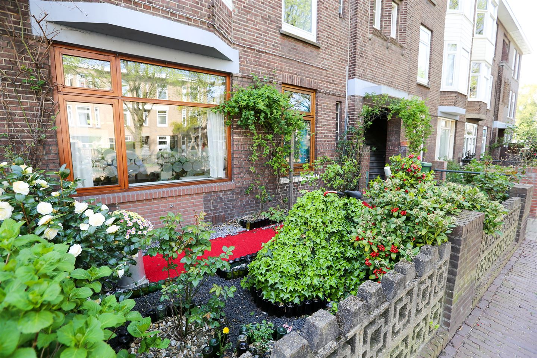 Bekijk foto 1 van van Egmondestraat 43