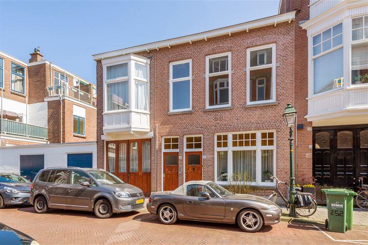 Van Beverningkstraat 250 .